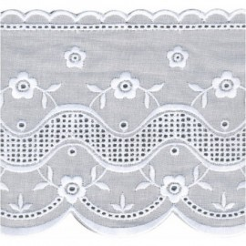 BRODERIE ANGLAISE 122 MM